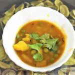 Aloo Mtar (Potato-Peas) Curry Recipe Using Pressure Cooker